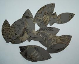 Behangblaadjes bruine bloem
