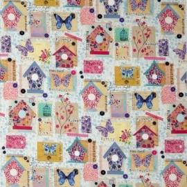 Caselio Vogelhuisjes en vlinderpatchworkstof