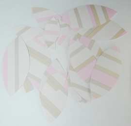 Behangblaadjes beige camel roze