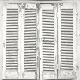 Esta Greenhouse Verweerde Louvre deuren behang  licht grijs wit 138882