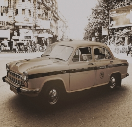 Dutch Fotobehang Delhi Taxi Vintage Brown