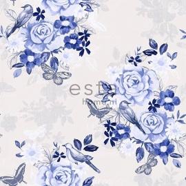 006. Bloemenbehang creme met 3 kleuren blauwe bloemen 138124