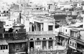 Dutch Fotobehang  Delhi Huisjes Zwart Wit