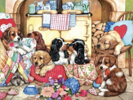 SunsOut 36456 - Puppies in the Kitchen - 300XL stukjes