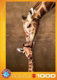 Eurographics 0301 - Giraffe Mother's Kiss - 1000 stukjes