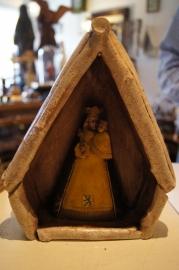 .Kapel met Maria en kind, gips 22 cm