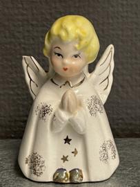 Engel, kaarsen standaard jaren 50, kleine beschadiging aan vleugel, 8 cm porselein (10)