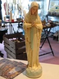 .Maria OLV van Banneux 30 cm hoog. Wit gips