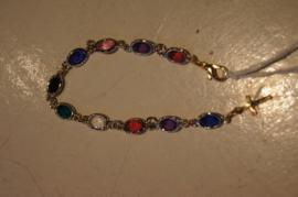 Armband gekleurd glas met kruisje