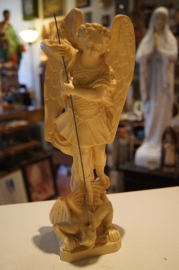 Aartsengel Michael, resin 30 cm (0)