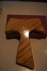 Tau kruis olijfhout 16 x 13 cm (A)