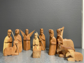 Kerstgroep, Afrikaans houtsnijwerk, 17 cm, 13 delen (9)