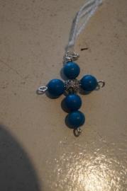 Half edelsteen kruisje (turkoois) 3,5 x 2,5 cm