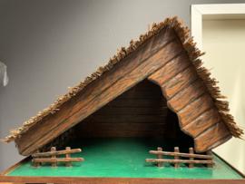 Kerststal, hout en riet,  met licht 65x45x45 cm (B)