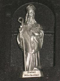 Nicolaas van Bari, Tinnen beeldje 6.5 cm hoog (4)