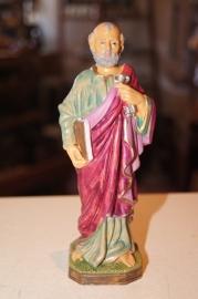 Heilige Petrus apostel kunststof 16 cm hoog.