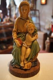 Tronendfr Madonna, resin, 21 cm
