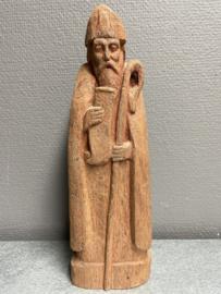 Patrick van Downpatrick, 28 cm hoog, houtsnijwerk, (1)