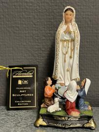 Maria OLV van Fatima met kinderen, 13 cm, resin (1)