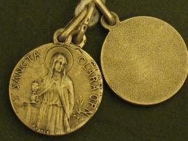 Devotie medaille Clara 2 cm