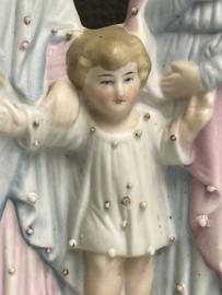 Heilige familie  biscuit porselein, 1900, 18 cm. (4)