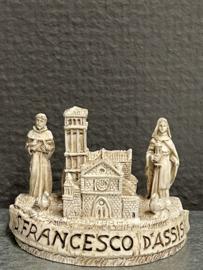 Basiliek van Assisi met Franciscus en Clara, resin,  5x6 cm (10)