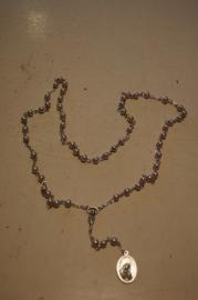.Tranen rozenkrans OLV v.d Tranen 47 cm imm. parel kralen. Incl. beschrijving