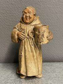Pater, monnik met bierpul, aardewerk, 15 cm, 1950 (10)