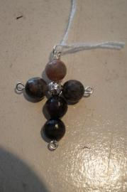 Half edelsteen kruisje (toermalijn) 4,5 x 3 cm zilver kleurig