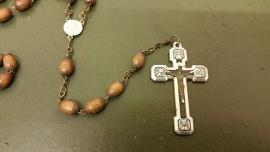 Antieke Christus rozenkrans 33kralen, kruiswegstatie kruis, houten kralen, 42cm.