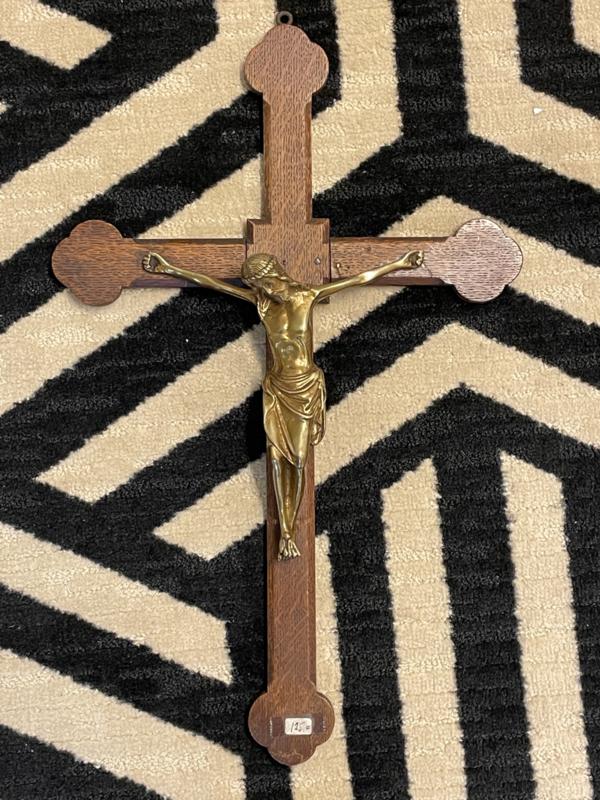 Eiken houten crucifix met koperen corpus, 46 x 28 cm (8)