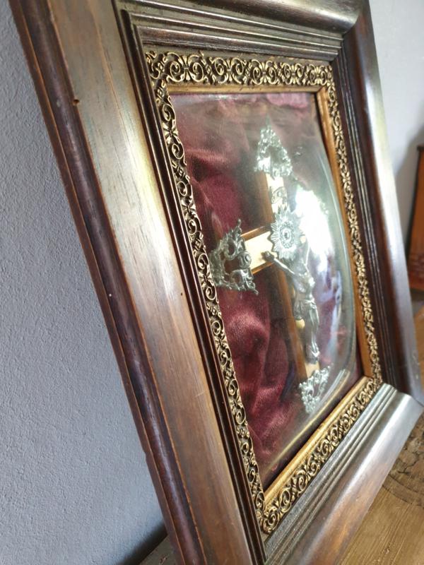 Bol glas crucifix 1900 13x10.5 CM (37)