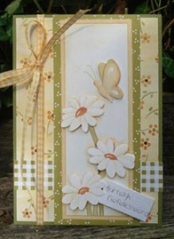 Voorbeeld kaart gele bloemetjes