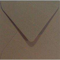 vierkante envelop (14 x 14 cm) taupe (961)