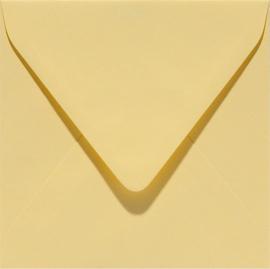 vierkante envelop (14 x 14 cm) narcisgeel (928) voorheen 28 narcisgeel
