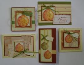 Voorbeeld kaarten oranje kerstballen