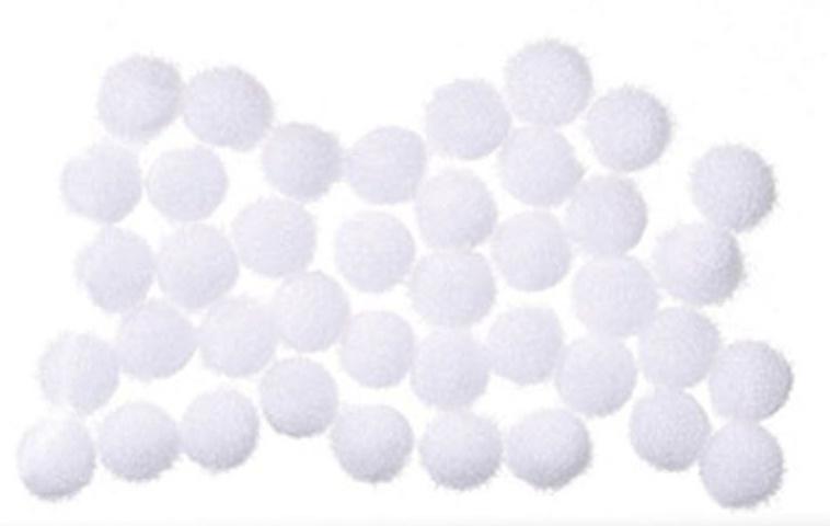 mini pompoms wit