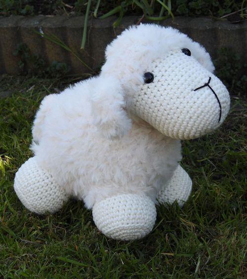 Haakpakket Haakpakket Funny Furry Sheep Soft ivoor