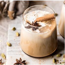 THEE RECEPT: VANILLA CHAI TEA WHITE RUSSIAN