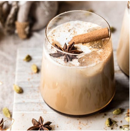 THEE RECEPT: VANILLA CHAI TEA WHITE RUSSIAN