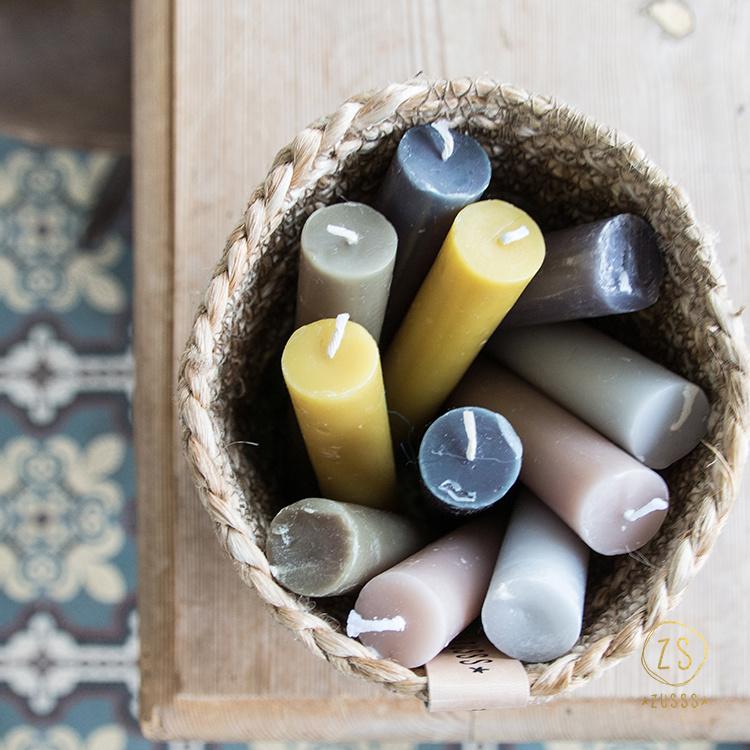 Kaarsen in verschillende kleuren, Zusss