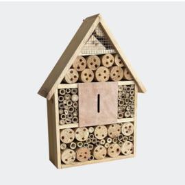 Insectenhotel 280 x 90 x 400 mm, natuurlijk nesthulpmiddel voor insecten.