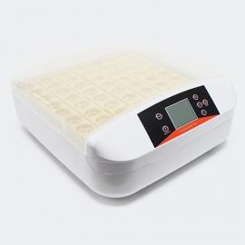 Volledig automatische Broedmachine voor 56 eieren met schierlamp.