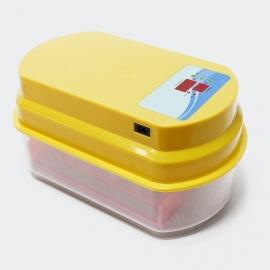 Automatische broedmachine, geschikt voor 15 eieren.