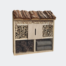 Insectenhotel 305 x 95 x 310 mm, natuurlijk nesthulpmiddel voor insecten.
