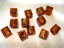 Zilverfolie glaskraal kubus 10mm bruin