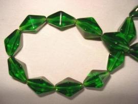 Facet glaskraal bicone langwerpig groen
