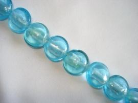 Streng zilverfolie glaskralen plat rond lichtblauw (12 stuks)