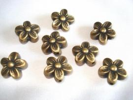 Metaallook kraal bronskleur bloem 15x8 mm