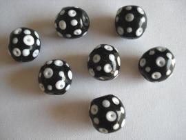 Glaskraal rond stippen zwart met wit